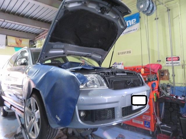 東京都足立区よりアウディ RS6 ドライブシャフトブーツ交換&エンジンチェック