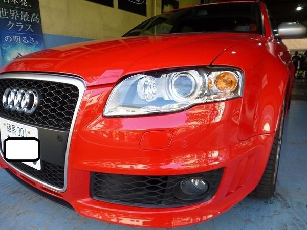 アウディ RS4 2008y