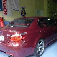 BMW M5 E60 V10 SMG 07yのサムネイル