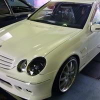 メルセデス・ベンツ C200 W203のサムネイル